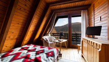 Skiturowa Chata pokój z balkonem